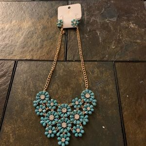 Teal flower necklace/earring set